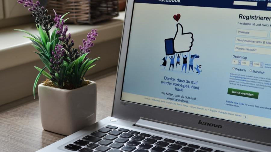 Sociálna sieť Facebook